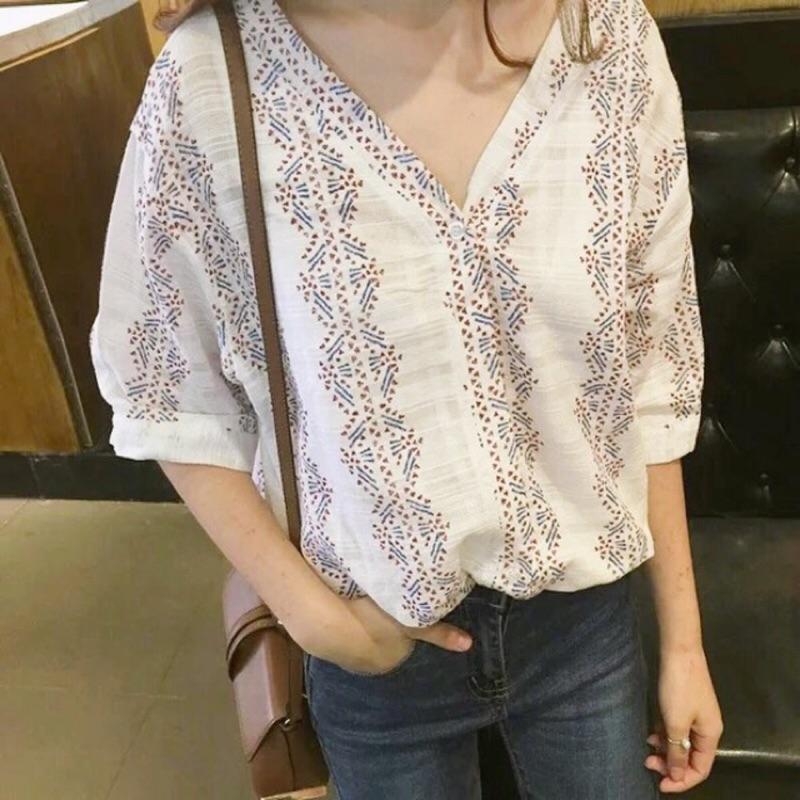 韓國復古民族風甜美寬鬆v 領五分袖娃娃襯衫上衣女七分袖襯衫V 領襯衫棉麻襯衫涼爽衫襯衫