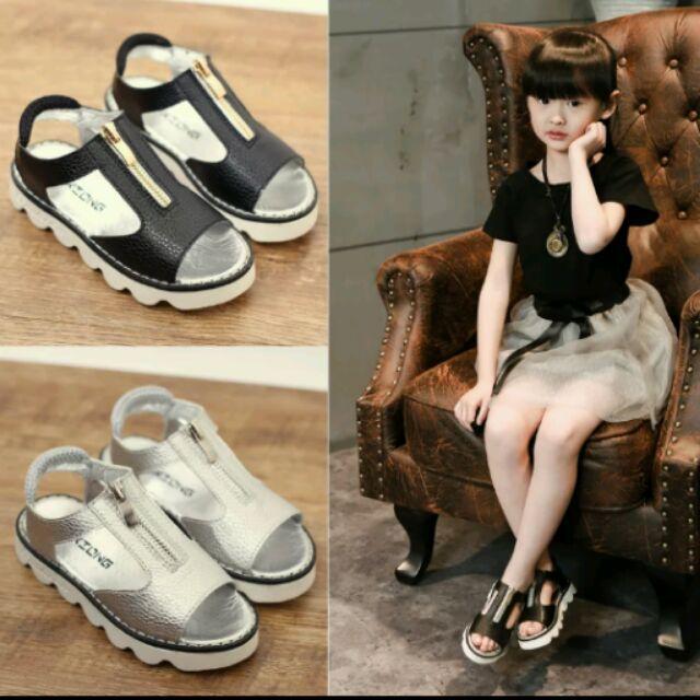 女童銀色羅馬魚口涼鞋