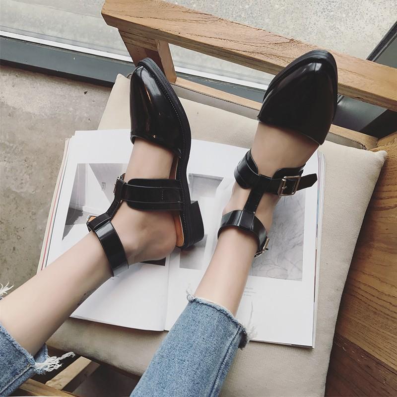 2017 春夏羅馬扣帶休閒女鞋 平底低跟復古尖頭涼鞋漆皮百搭單鞋