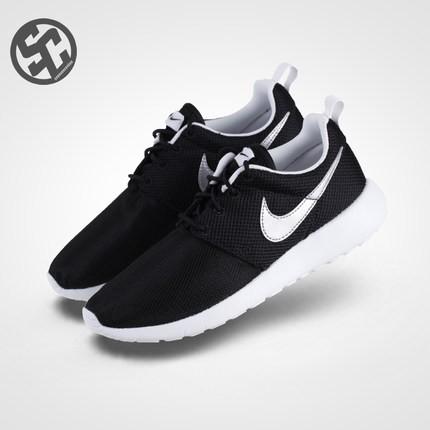 Nike Roshe Run One 黑白奧利奧男女鞋 慢跑鞋599728 021 TR