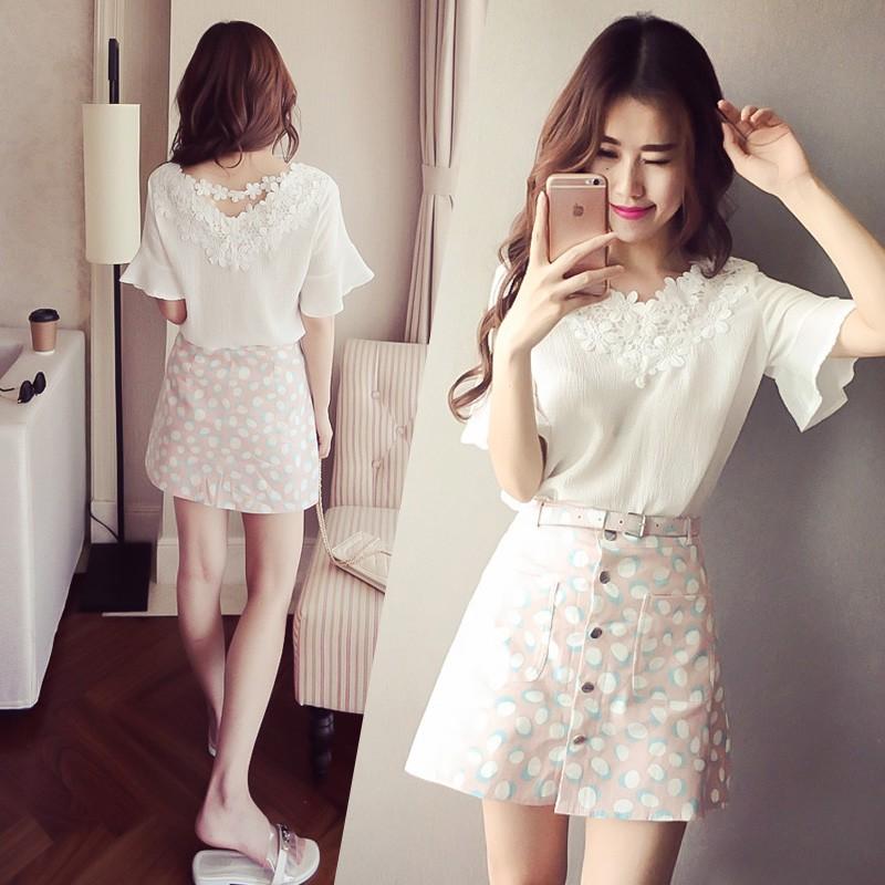 蕾絲花邊V 領木耳袖雪紡衫A 字花裙可單購滿388 純色雪紡蕾絲邊