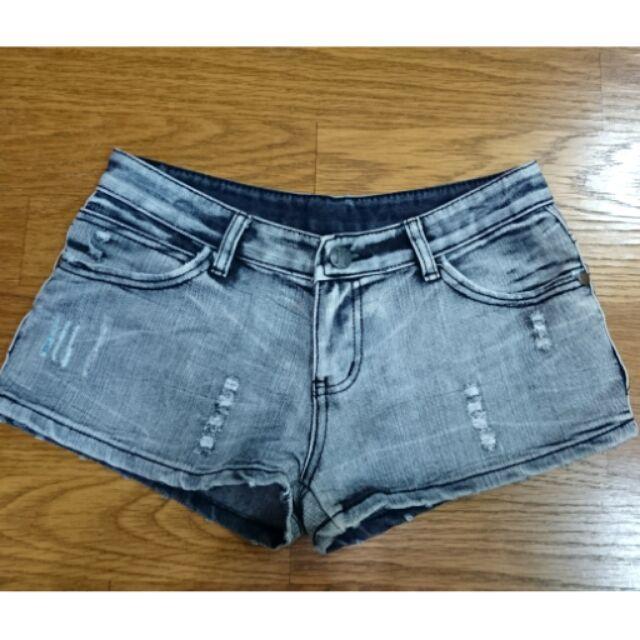 9 成新刷破刷白牛仔短褲短褲S 號