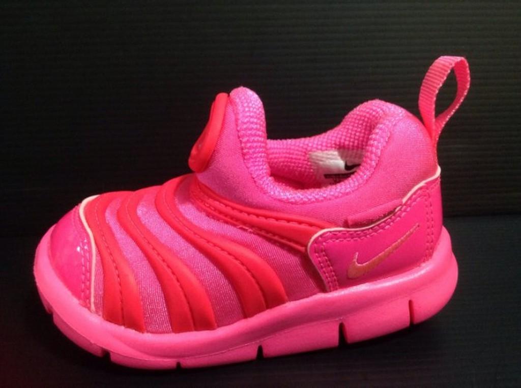 Nike kids 兒童中童毛毛蟲鞋直接穿脫鬆緊 免綁鞋帶17cm 22cm
