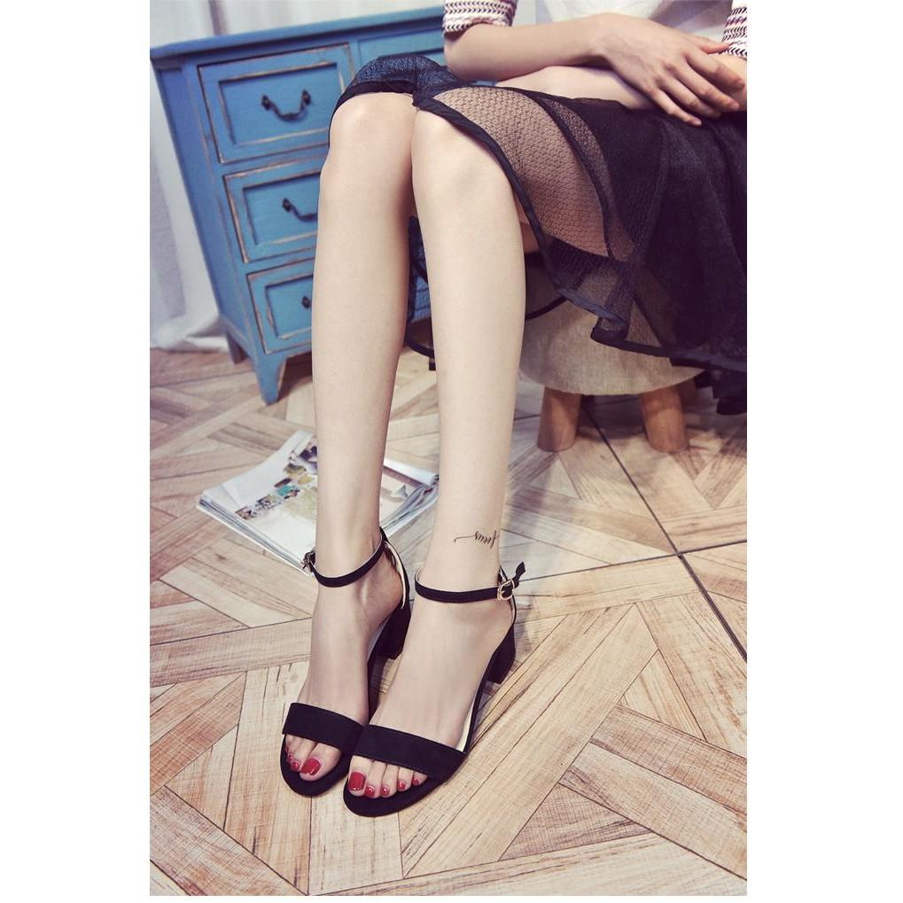 ✥粗跟一字扣帶露趾女士涼鞋百搭小碼羅馬中跟 女鞋