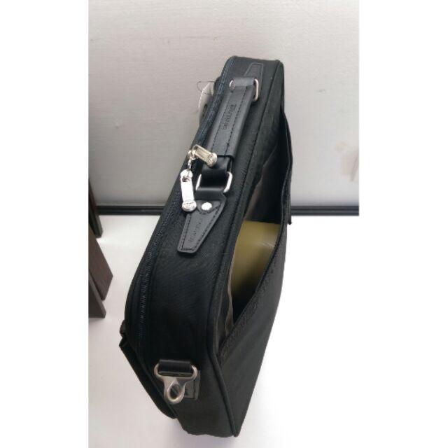商務型筆電包可手提或側背