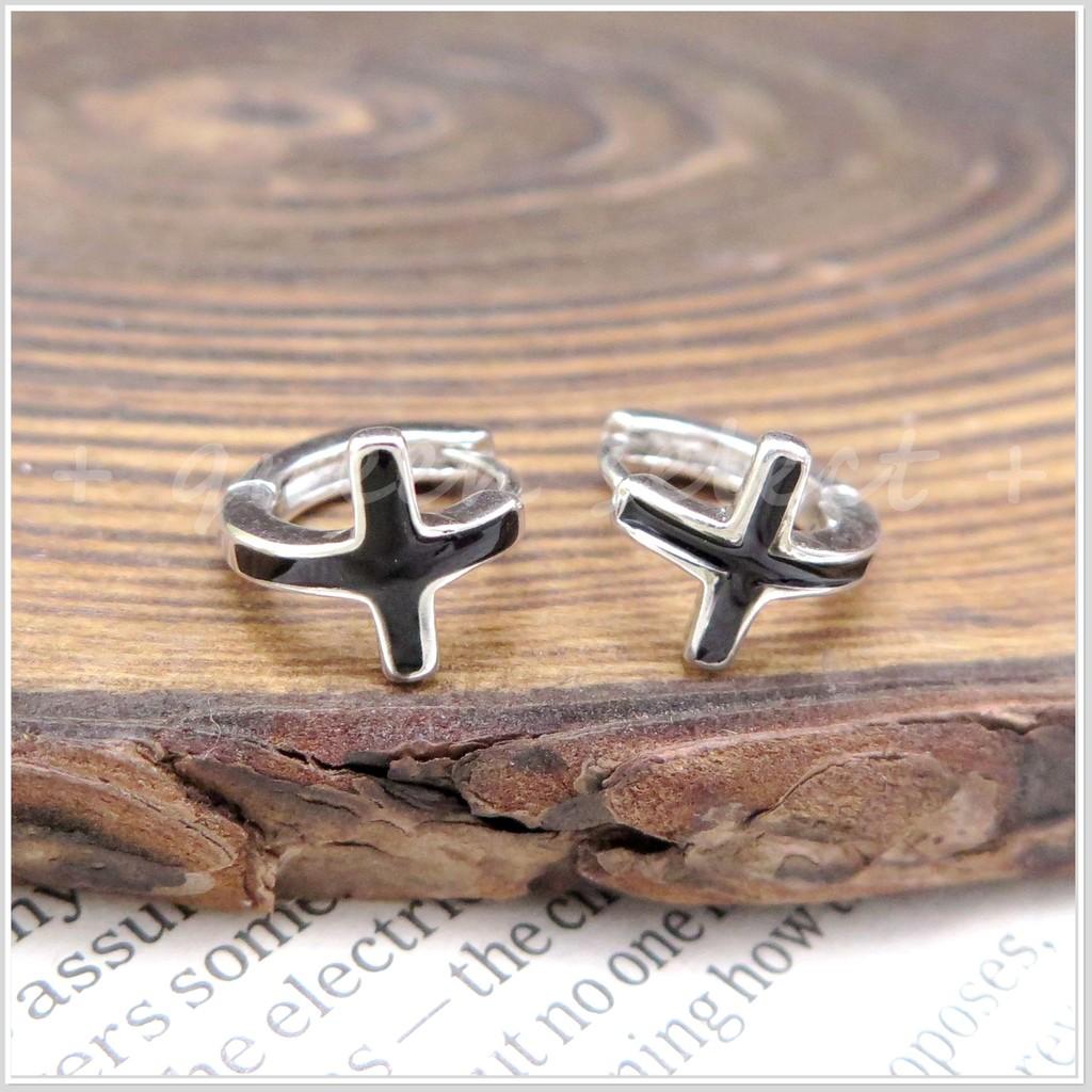 耳環925 純銀 黑色十字架簡約耳扣男女均可戴生日情人禮寵愛自己附 雙面女王queen s