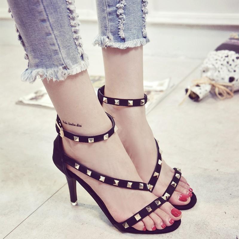 ๑۩۞۩獨品部落๑۩۞۩鉚釘涼鞋女夏 一字扣帶高跟細跟羅馬鞋簡約性感露趾涼鞋子松糕鞋帆布鞋