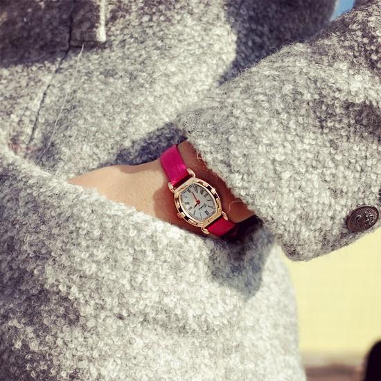 小巧酒桶表女士手錶韓國 皮鏈學生潮流 復古女錶皮帶小清新
