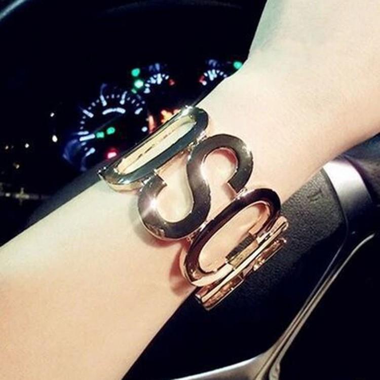 2017  大牌走秀款金屬字母MOS CHINO 光面手鐲手環手鏈韓飾手環