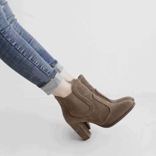 Black Market  短靴套筒卡其色黑色高跟圓頭磨砂真皮粗跟踝靴預售2 色