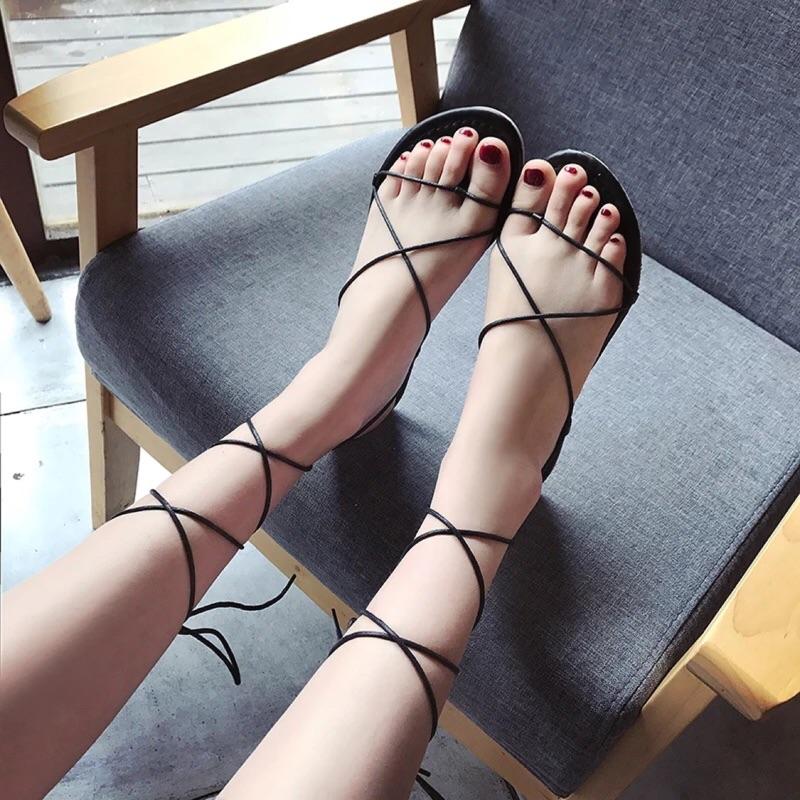 兩色❤️ ❤️2017 夏 風休閒平跟平底套趾交叉綁帶羅馬涼鞋 系帶女鞋