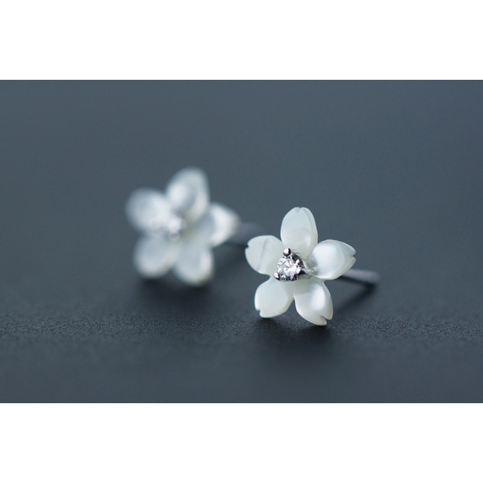皇后銀飾花朵鑲鑽氣質耳環天然母貝貝殼花朵耳針不過敏925 純銀E86