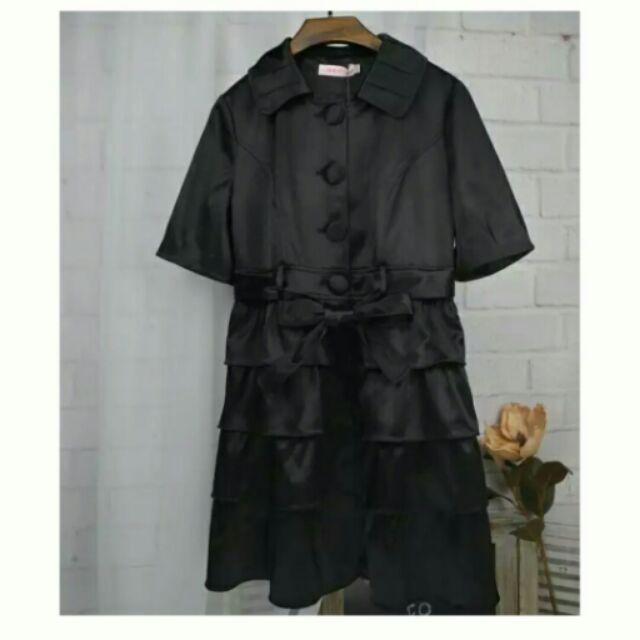黑色短袖蝴蝶結綁帶絲綢緞面亮粉洋裝多層次蛋糕裙連身裙外套夾克風衣百搭休閒修身顯瘦(附綁帶)
