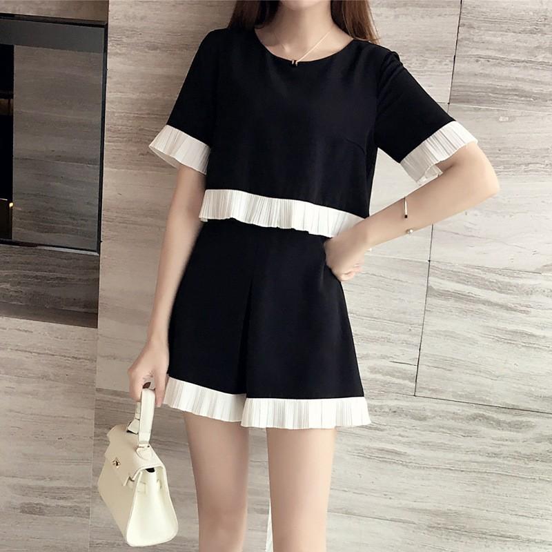 ~大量 ~~小YO 韓系 衣館~2017 年 拼接袖子短款上衣半身短裙兩件套裝女裙子