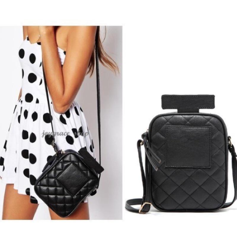 英國ASOS 黑色菱格紋仿皮香水瓶 隨身小包肩背包側背包斜背包
