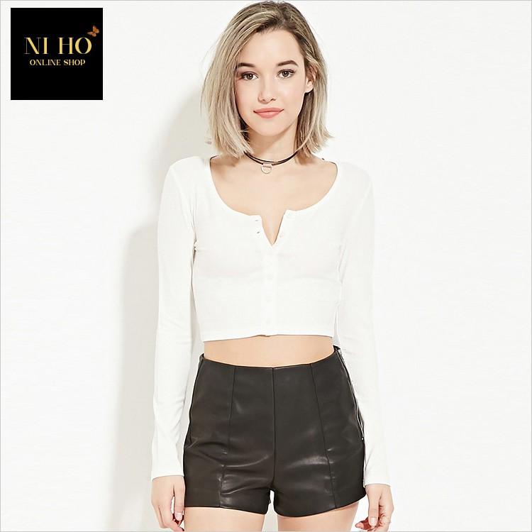 NIHO 風格女裝美式街拍風清涼夏日百搭 款性感大圓領排扣裝飾修身短版露腰白色T 恤免 0