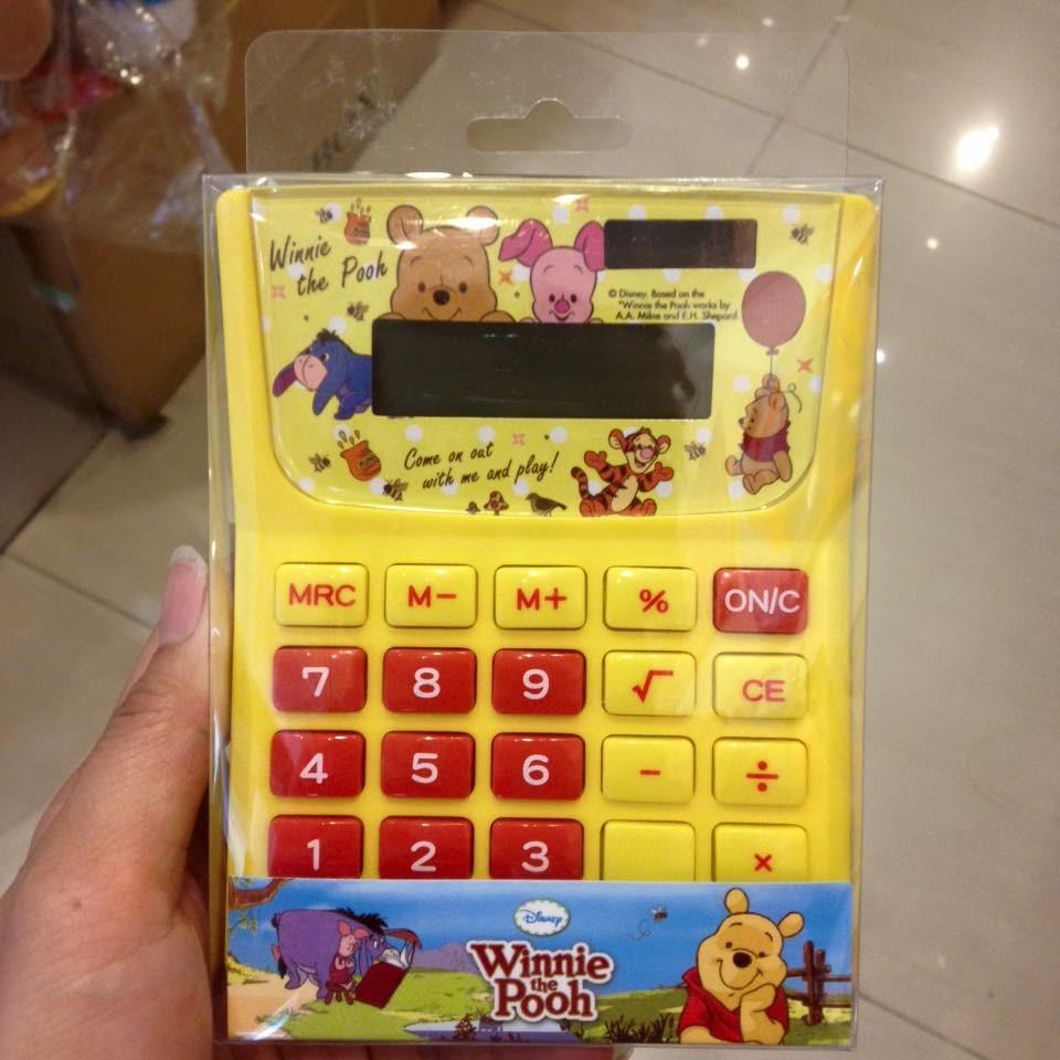阿虎會社~B 024 ~ 小熊維尼維尼熊維尼迪士尼 桌上型電子計算機太陽能計算機黃色