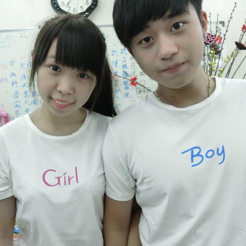 ~實拍~潮流 Boy Girl 字側笑臉白色T 恤情侶裝姐妹裝閨蜜裝t shirt