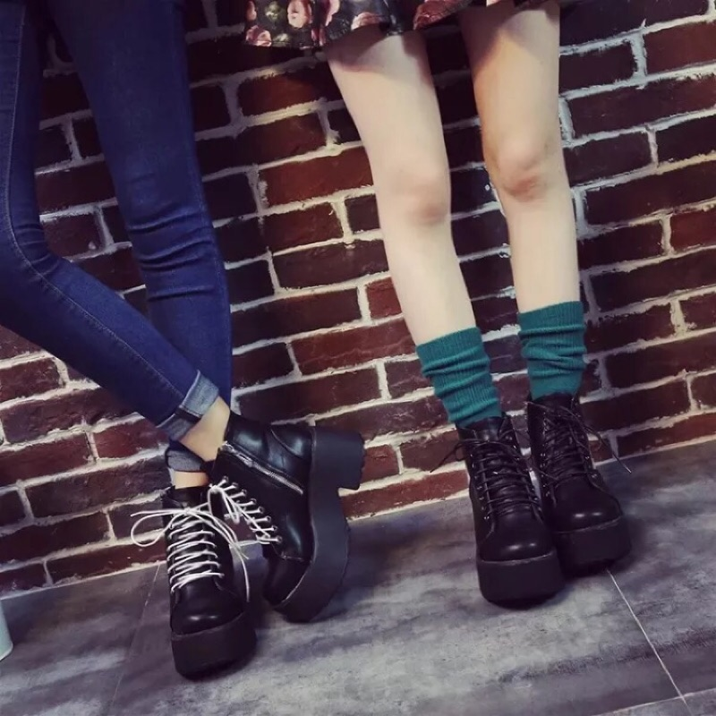 ✨厚底英倫復古靴✨(馬丁鞋、馬丁靴、復古靴、原宿風、短靴、中筒靴、繫帶、白鞋帶)