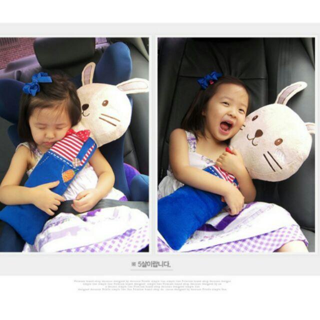 可愛卡通娃娃車用安全帶抱枕兒童安全帶安撫抱枕汽車安全帶套護肩睡覺抱枕