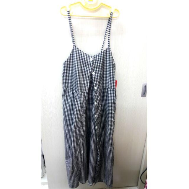 韓系文青黑白細格紋連身口袋排釦吊帶裙長洋裝搭白t pazzo