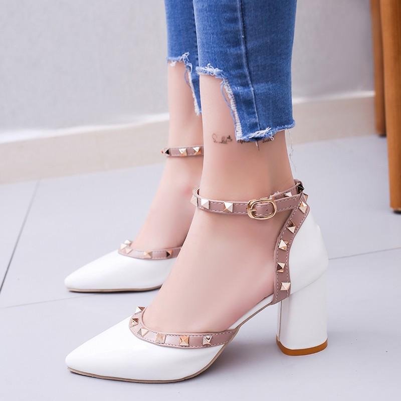 女鞋 涼鞋拖鞋 單鞋女 尖頭涼鞋包頭中跟高跟鞋中空一字扣帶粗跟高跟鞋潮