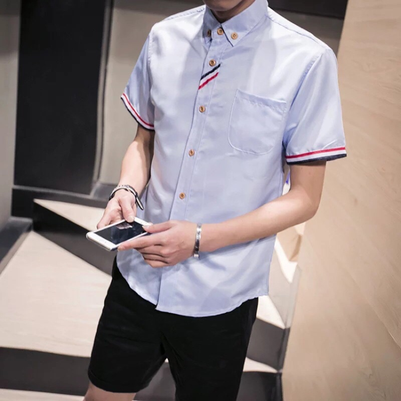 M 4XL 加大   胸口彩帶大碼男生衣著男士短袖襯衫修身百搭商務 白淺藍灰色襯衫