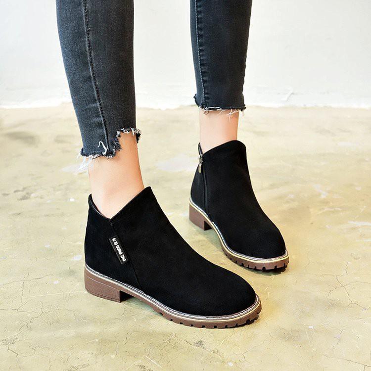 現貨出售訂單滿188出貨Women's shoes, ankle boots, flat boots,size 35-4
