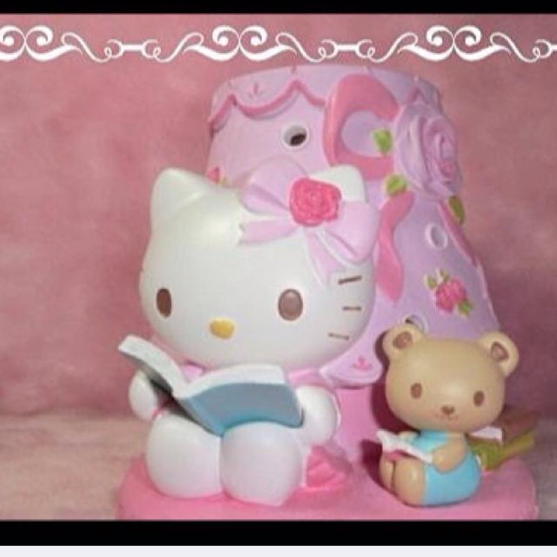 甜美可愛粉色KT 讀書 玫瑰蝴蝶結花瓣薰香燈