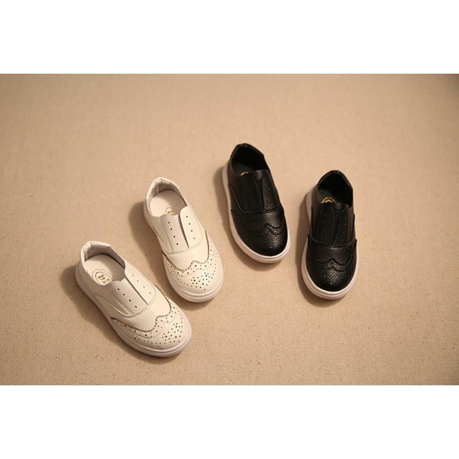 韓國兒童皮鞋男女童軟底單鞋豆豆鞋套腳懶人鞋t 偏小 白黑