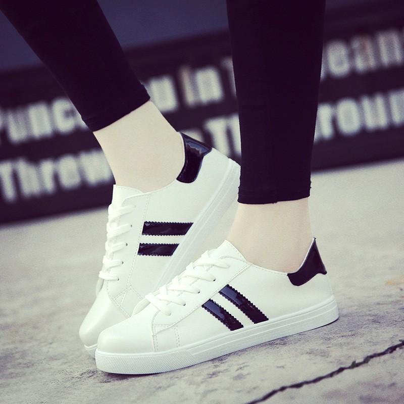 春夏小白鞋子透氣平底 鞋女士 鞋 女帆布鞋學生白色板鞋