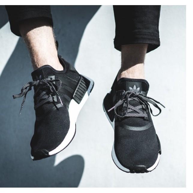 ADIDAS NMD R1 BOOST 黑白反光編織慢跑鞋S31505 男鞋男女段余文樂