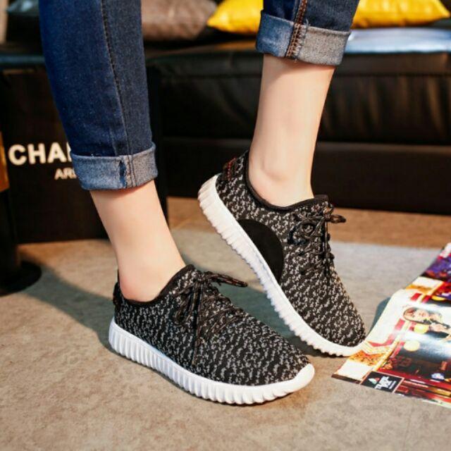 Damita 輕量透氣舒適繫帶混色花紋布面休閒慢跑鞋(3 色)