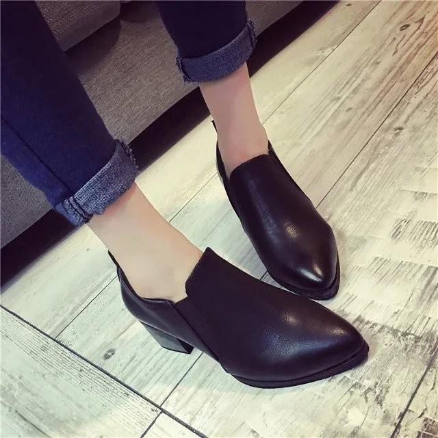 上市丶2016 舒適中跟短靴女 尖頭復古英倫風粗跟短筒馬丁靴潮