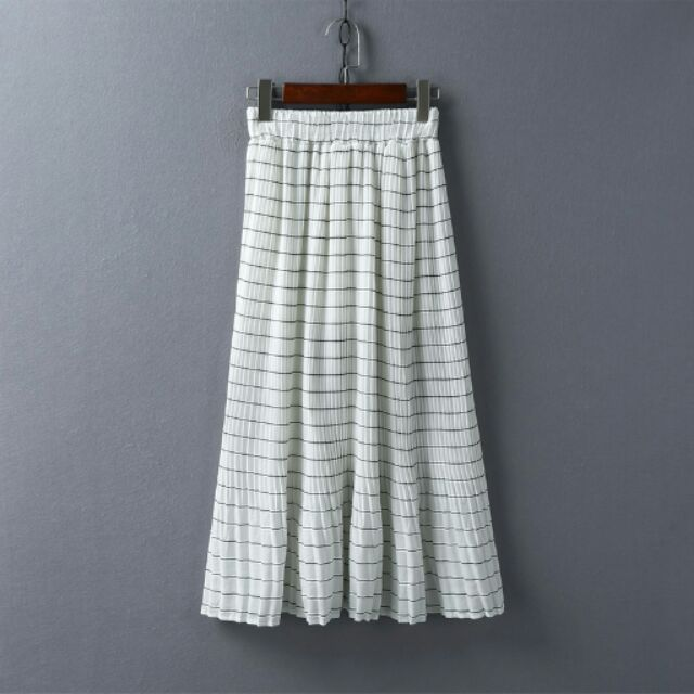 百摺條紋白色長紗裙微魚尾襬