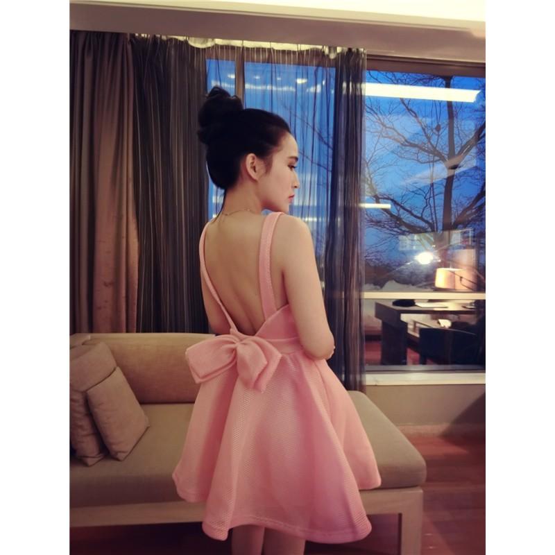 氣質公主裙後背蝴蝶結修身露背無袖蓬蓬裙吊帶連衣裙