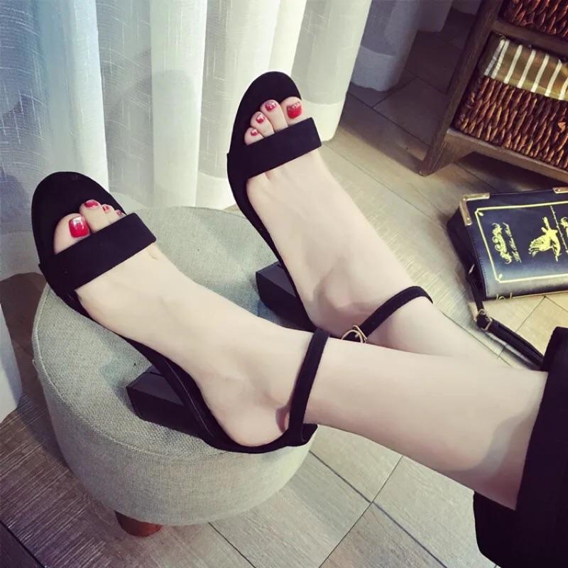 潮歐洲站羅馬鞋一字扣涼鞋女粗跟高跟鞋露趾性感女式鞋
