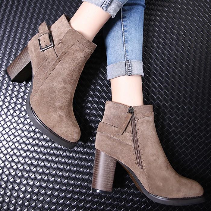 磨砂粗跟馬丁靴潮女短靴英倫風高跟真皮女靴短筒秋靴子尖頭及裸靴
