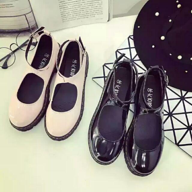 春秋亮皮日系圆头软妹娃娃鞋厚底单鞋甜美平底女鞋浅口英伦小皮鞋