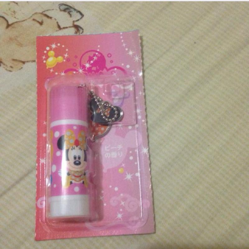 帶回Tokyo Disney Sea 特別版米妮香香護唇膏(還有小吊飾唷)