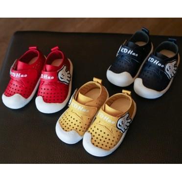 儿童凉鞋洞洞鞋男童鞋女童鞋软底学步鞋婴儿鞋宝宝鞋子小皮鞋