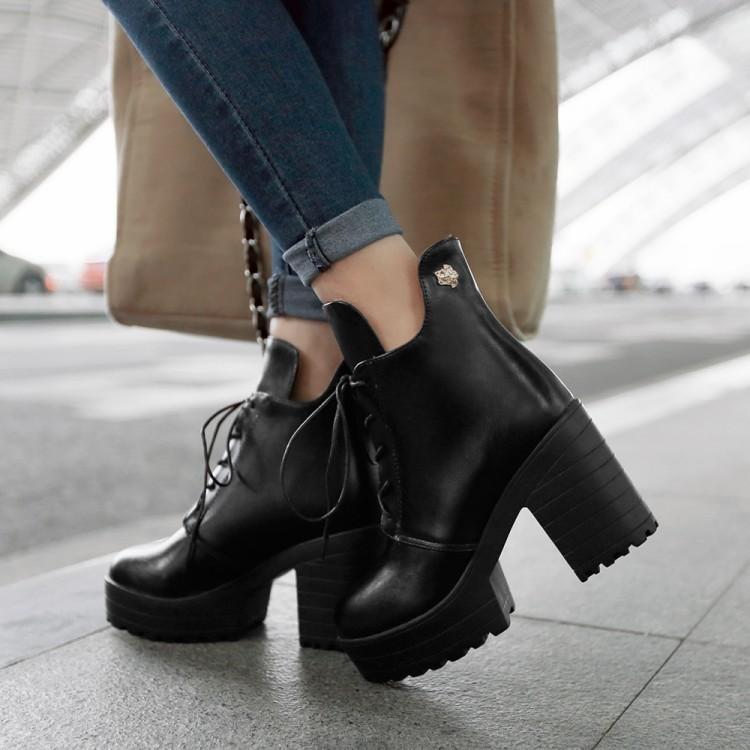 ~千惑衣閣~高跟馬丁靴女春秋圓頭粗跟復古騎士靴前系帶防水臺及裸靴短靴女靴