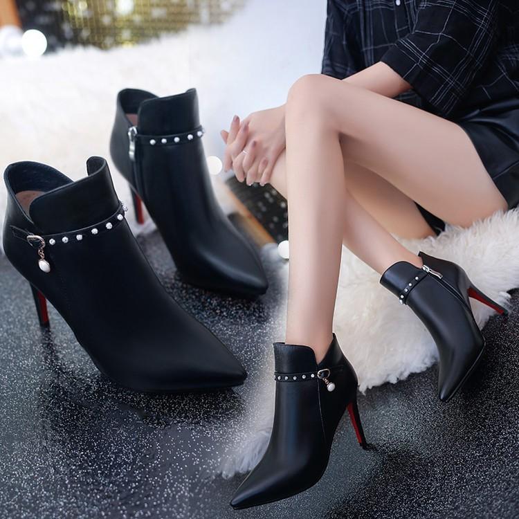 ~本小姐任性~春秋顯瘦短靴女尖頭馬丁靴細跟亮鉆皮靴子性感高跟單靴