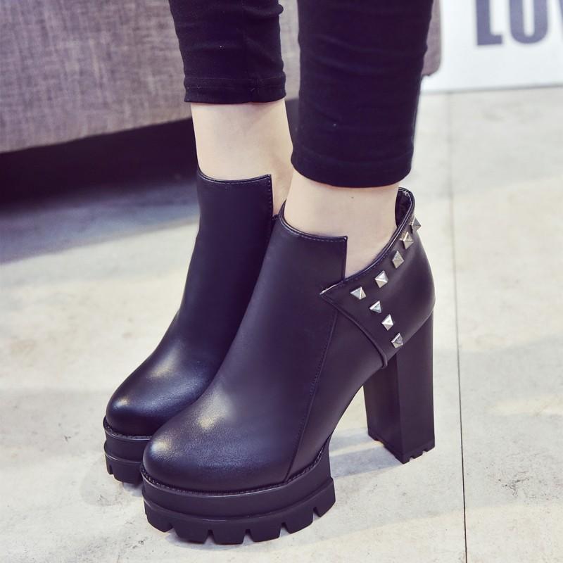 超高跟女靴子檫色鉚釘粗跟短靴2016  踝靴女短筒馬丁靴