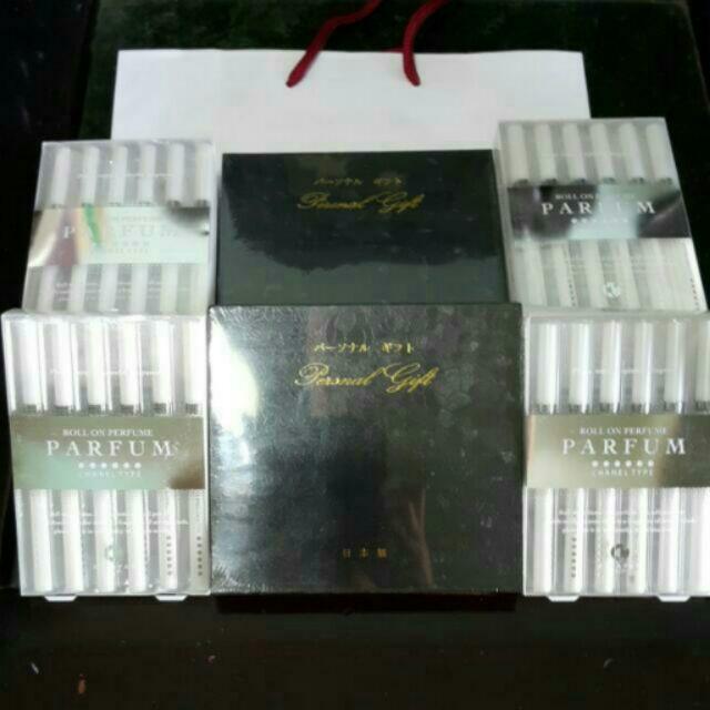 免稅店香奈兒CHANEL TYPE 滾珠式香水筆白色簡單版 黑色精裝版需