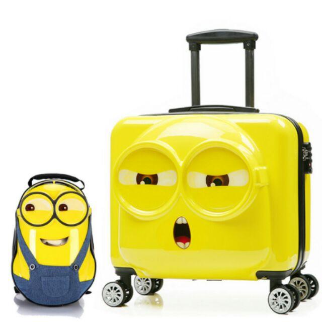 9 15 天出貨一個小小兵小黃人兒童行李箱後背包拉桿小包包嬰兒尿布濕紙巾大王白金兒童t 恤