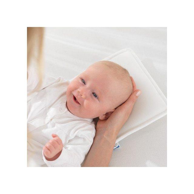 德風小舖德國Theraline 嬰兒枕保護維持自然的新生兒頭型透氣 0 12 個月