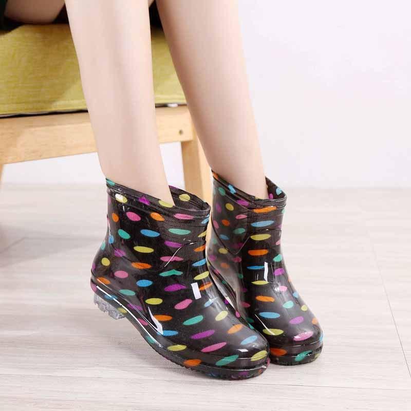 韓國 夏秋女士短筒雨靴高跟 舒適水鞋防滑坡跟膠鞋休閒單雨鞋超輕女士水鞋雨靴