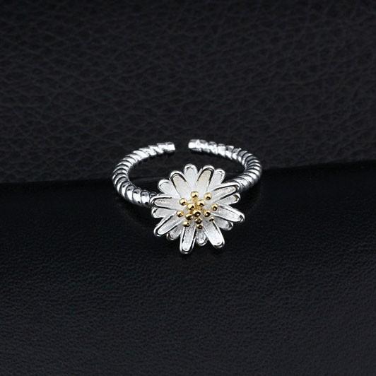 ~晴兒小舖~甜美小雛菊花朵純銀戒指