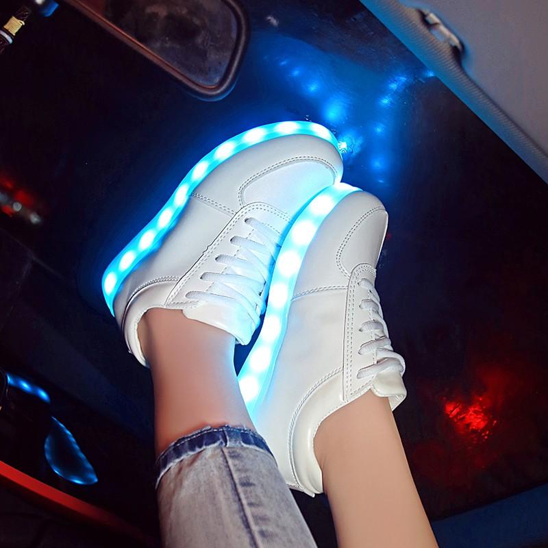 ~hello 大小姐~秋 七彩熒光閃光燈發光鞋男女usb 充電led 燈光夜光鞋情侶款板鞋